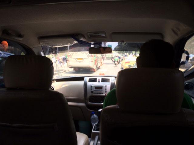 Mencoba berbagai mobil GRAB CAR - ElangJalanan.NET