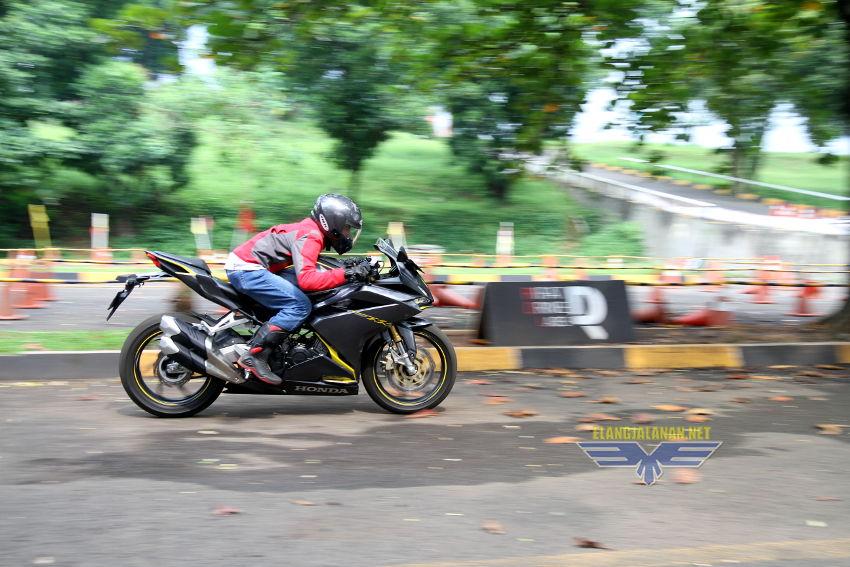 top speed tiap gigi CBR250RR